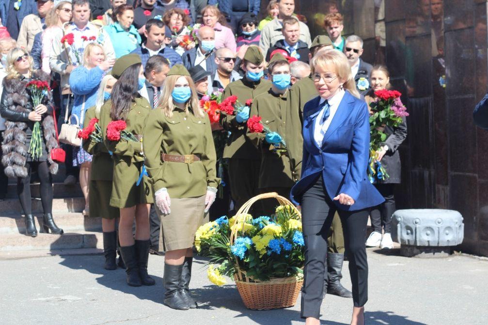 Советские песни и красные флаги: в Днепре 9 Мая активизировались пророссийские силы