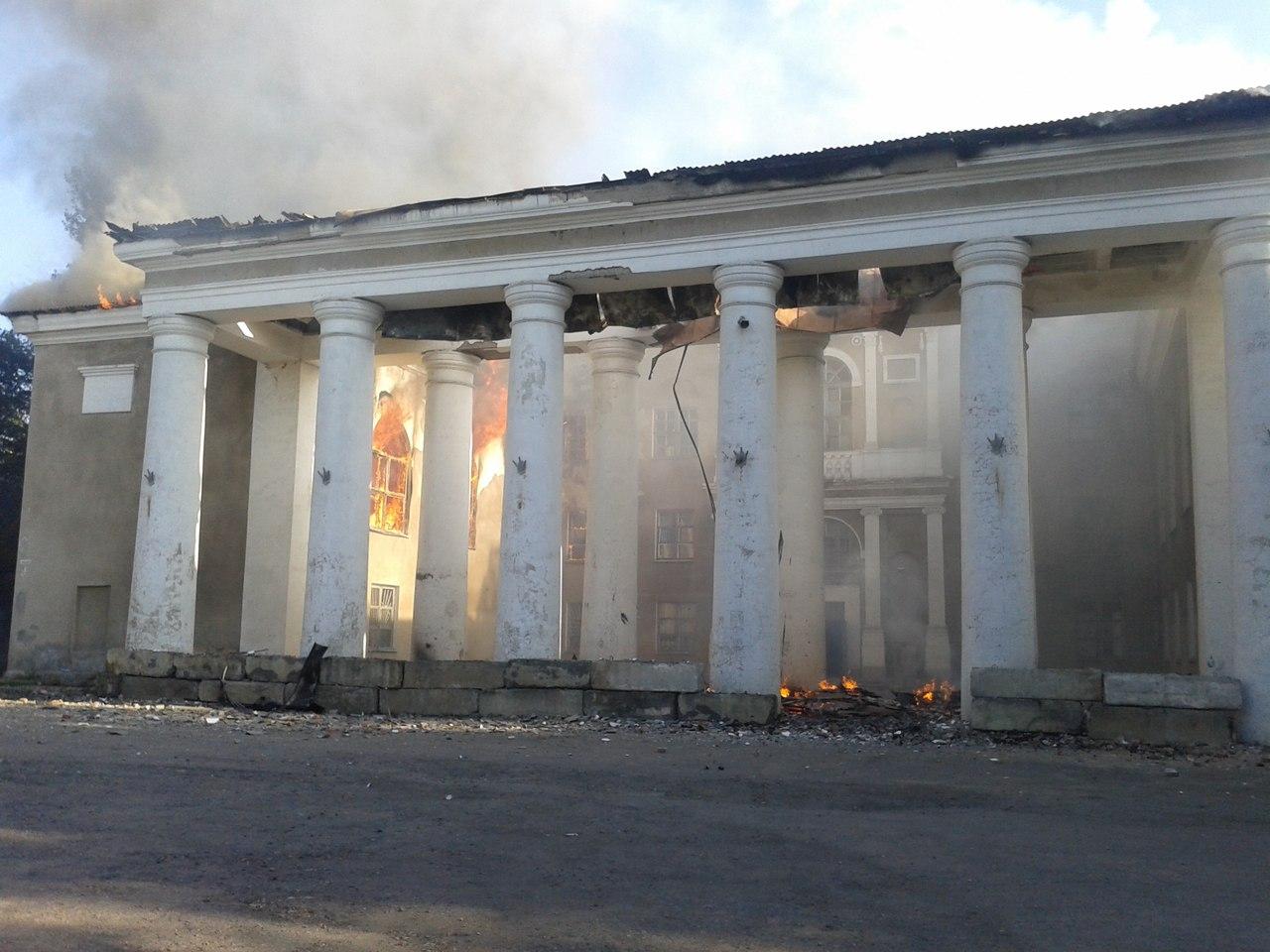 Дебальцево охватила паника: жители массово эвакуируются из города