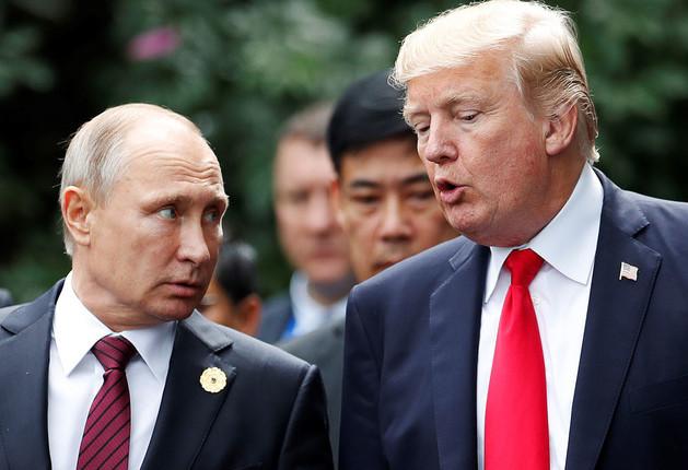 Путину и Трампу так и не удалось договориться о месте будущей встречи, но Песков полон надежды