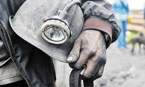 """В """"ДНР"""" под рухнувшей кровлей шахты находятся горняки – подробности резонансного ЧП"""