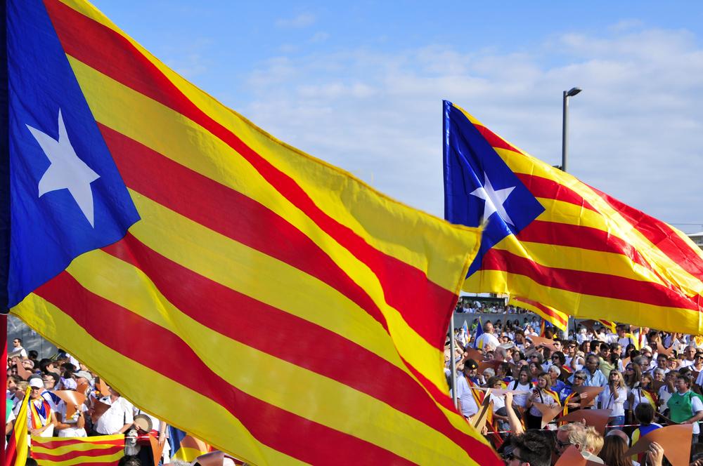 Каталонский сепаратизм жив: совершена попытка штурма парламента - кадры