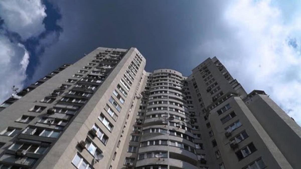 В Киеве иностранец поджег квартиру с телом возлюбленной и выпрыгнул с балкона