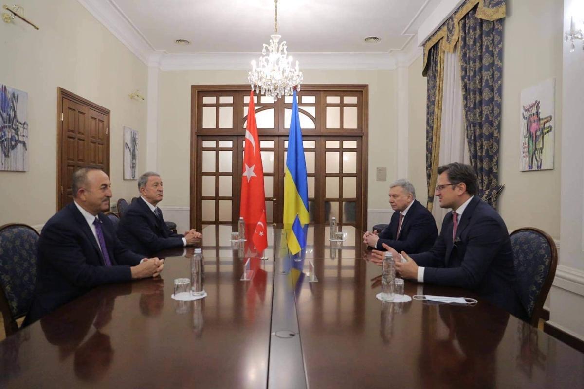 Турция после Карабаха не сбавляет обороты - Эрдоган начинает плотно заниматься Украиной