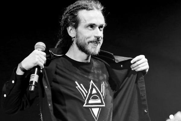 Рэп-легенда России Децл скоропостижно скончался после концерта - первые подробности