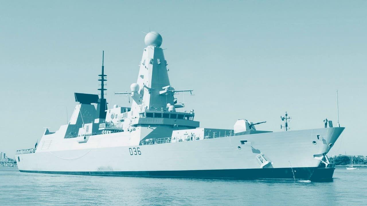 Британский эксперт дал характеристику действиям РФ в связи с инцидентом с эсминцем Defender