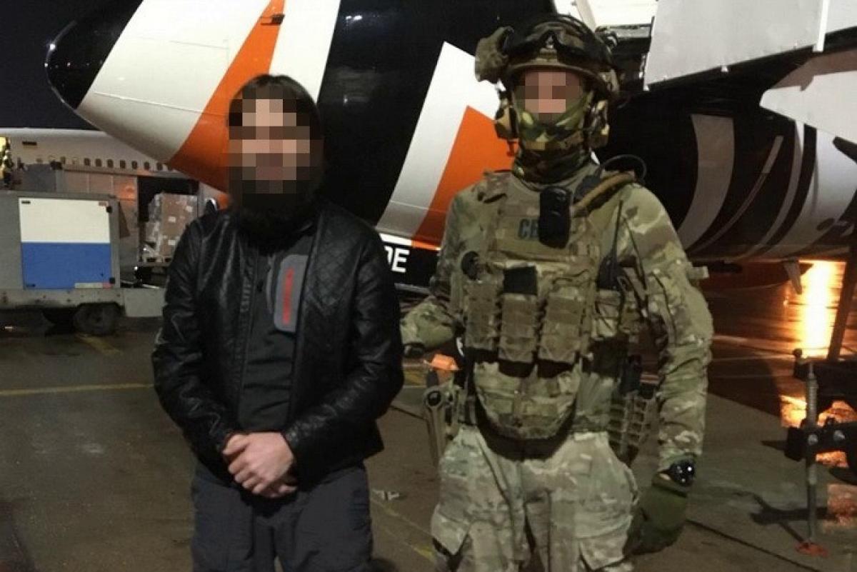 """СБУ передала Грузии """"ключевую фигуру"""" ИГИЛ - руководил группировкой из Украины"""