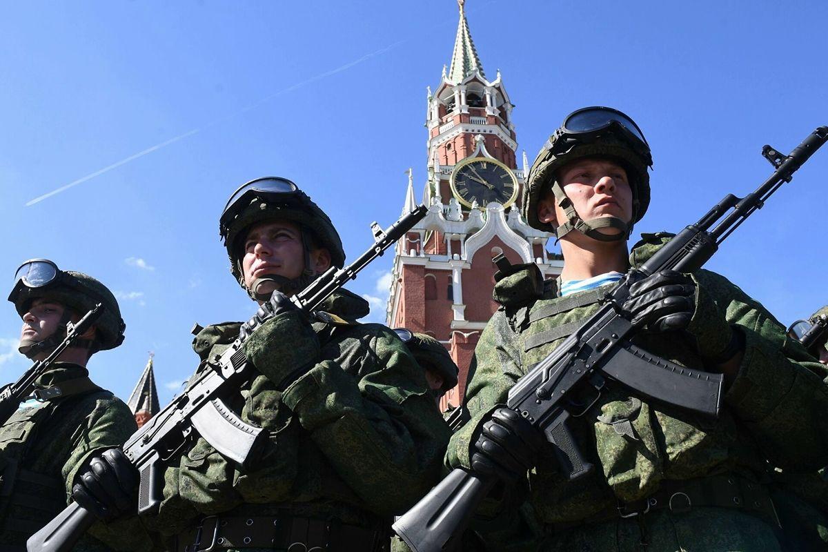 """В Германии назвали две """"слабости"""" армии России: бесполезна в воздухе и на воде"""