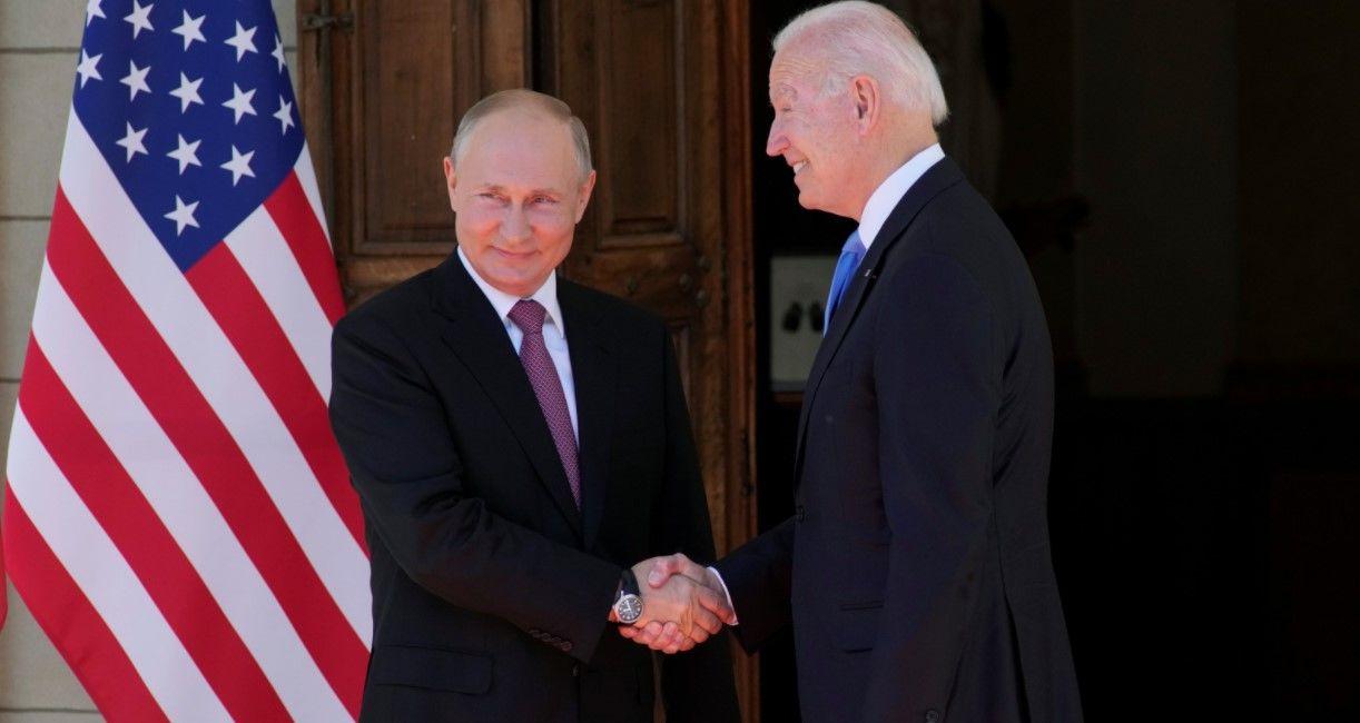 Путин отвел взгляд после того, как Байден посмотрел ему в глаза, - журналист СNN