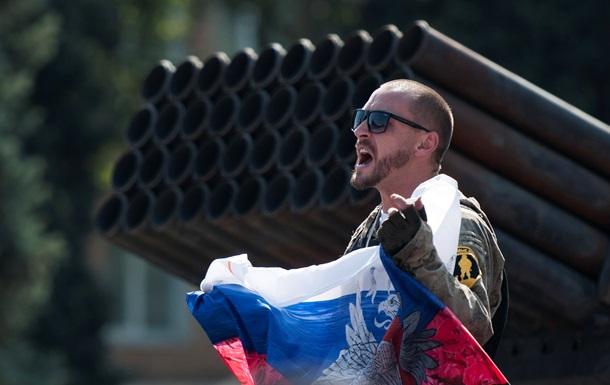 """Эксперт: """"Российская армия – дутый пузырь. У нее нет поддержки в Донбассе и не будет. Путинские солдаты ничего уже не хотят, им надоело считать свои трупы. Их ждет страшный конец"""""""