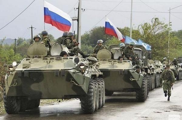 Москва отправила огромную колонну военной техники в Приднестровье: Киев бьет тревогу