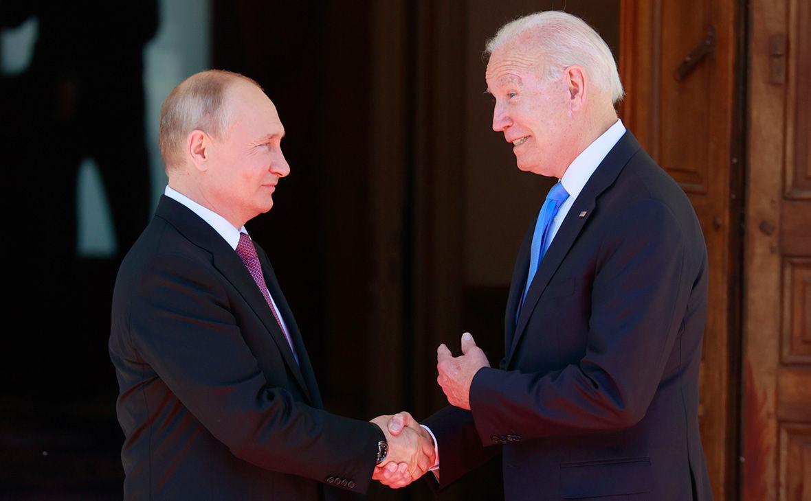 """""""Путин знает, кто я"""", – Байден почувствовал себя """"лидером свободного мира"""" после саммита в Женеве"""