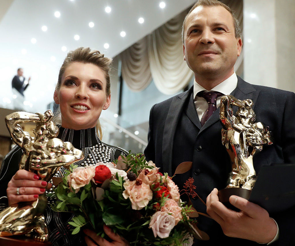 """Попов и Скабееева ответили на компромат ФБК: """"Мы с Ольгой """"олигархи"""""""""""