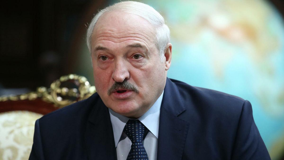 """Лукашенко преподнес Украине неприятный """"сюрприз"""": обнародован секретный документ о границе с РФ"""