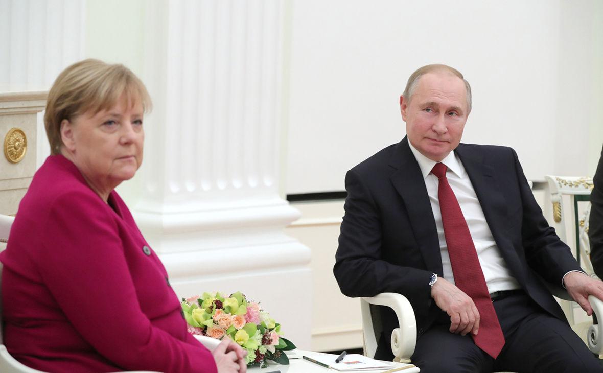 """Транзит газа через Украину: Меркель созвонилась с Путиным на фоне соглашения с США по """"СП - 2"""""""