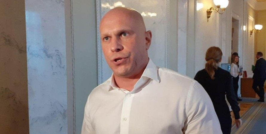 """Журналисты дали отпор Киве, устроившему скандал на суде по Медведчуку: """"Что ты тыкаешь мне?!"""""""
