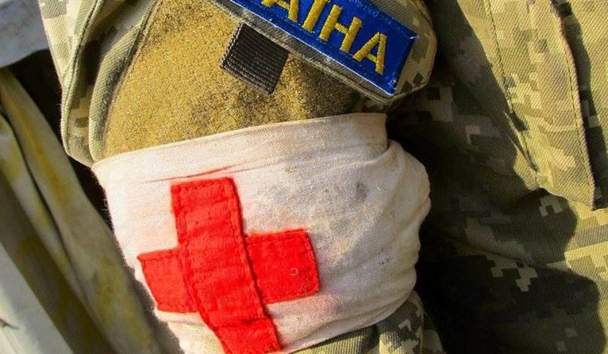 С ВСУ на Донбассе трагедия: боевики открыли огонь по военному медику во время эвакуации погибшего