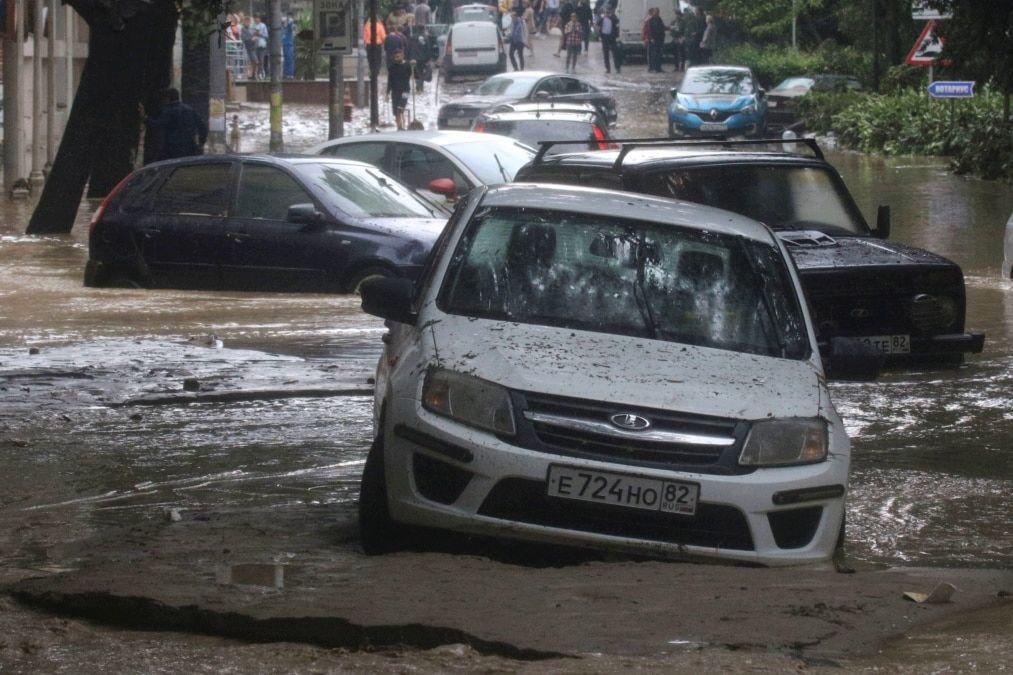 """""""Ялту смыло к..."""" - турагент из Уфы публично порадовалась наводнению в Крыму"""