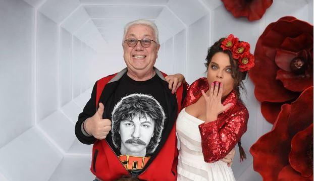 Целует в грудь: в Сети всплыло откровенное фото Наташи Королевой с Винокуром