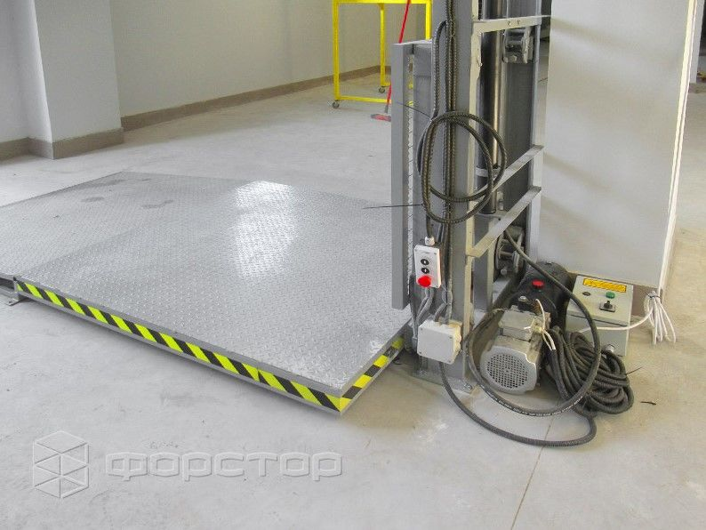 Мачтовый подъемник и главные достоинства грузоподъемного оборудования