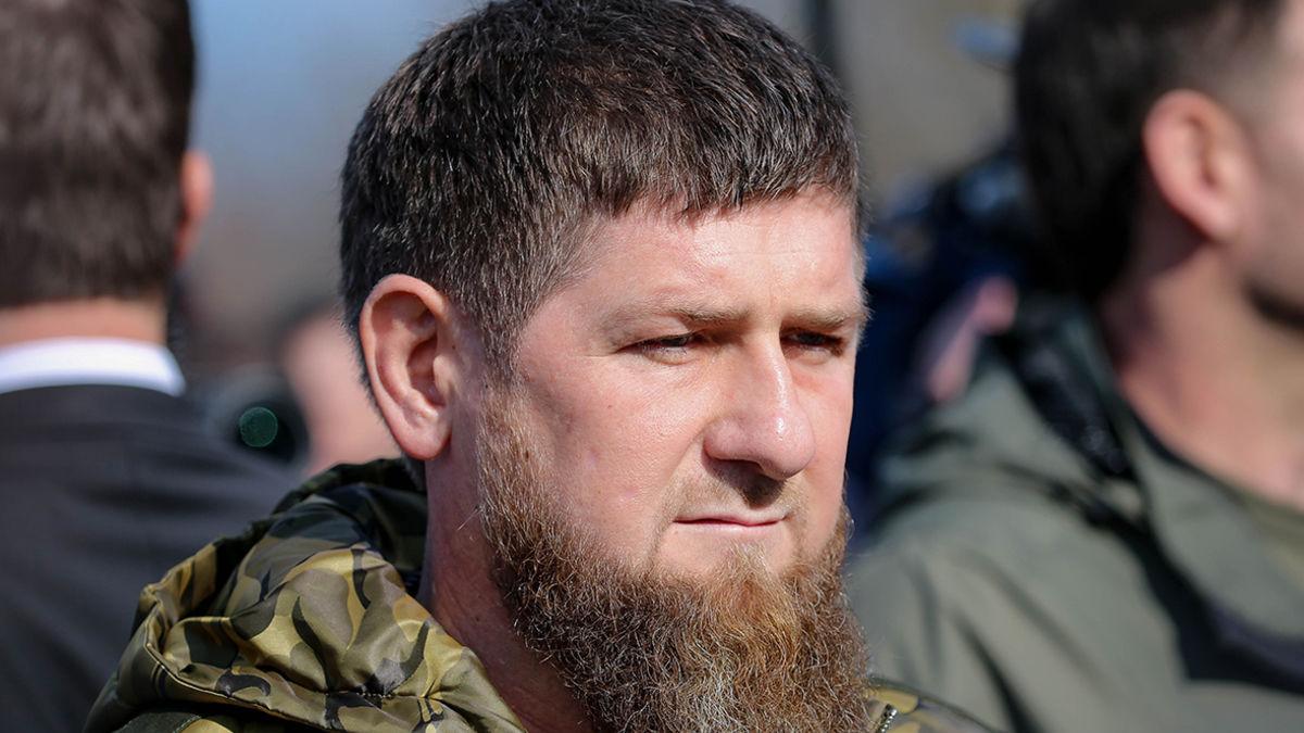 Чеченец устроил битву с полицейским на митинге 23 января - Кадыров выступил с ультиматумом