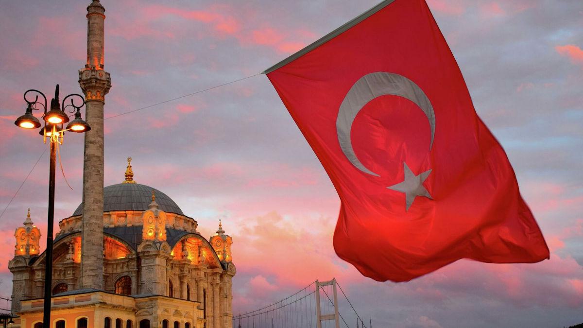 Отдых в Турции: МИД пояснил, какие документы нужны украинцам с 4 июня