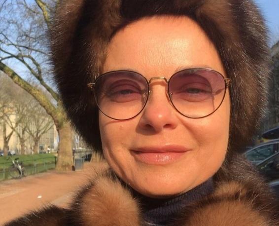 """""""Я подумала, что это Малышева"""": певица Наташа Королева """"взорвала"""" соцсети опубликованным снимком в мехах и без макияжа - кадры"""