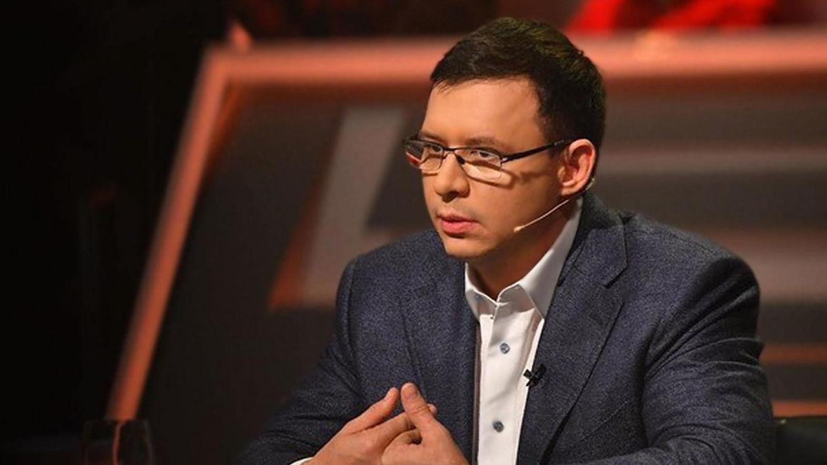 В Кривом Роге активисты сорвали агитацию Мураева в прямом эфире, включив Гимн Украины