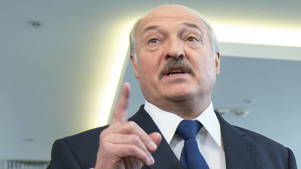 Как выглядит официальная жена Лукашенко: новые подробности о семье, трех сыновьях и любовницах Бацьки