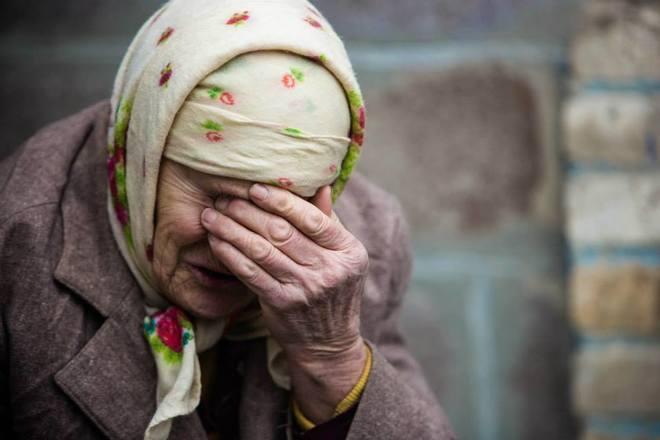 """Не жить, а выживать без мыслей о будущем: жительница оккупированного Луганска рассказала правду о жизни в """"ЛНР"""""""