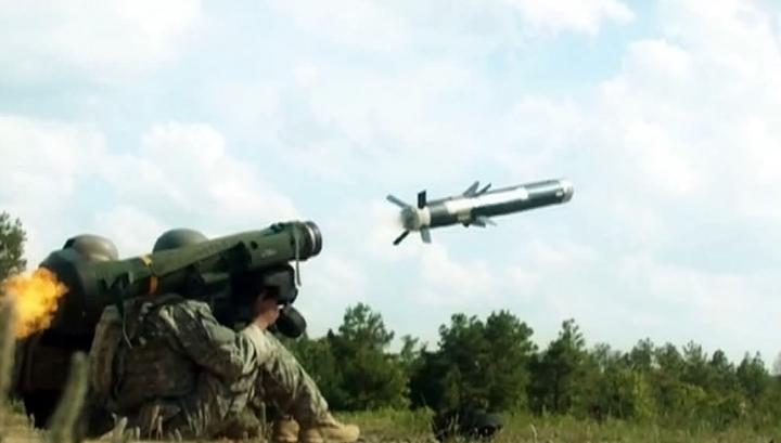 """""""Мы готовы принять от Запада летальное оружие"""", - министр Полторак рассказал, в каком вооружении нуждаются ВСУ"""