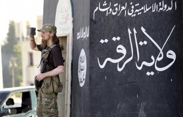 Накануне приезда  Меркель ИГИЛ  обстреляли приграничный с Сирией город Килис. Есть жертвы.
