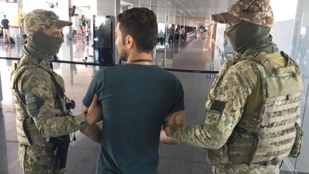 В аэропорту Борисполь украинские пограничники задержали гражданина Ирана, назвавшегося террористом