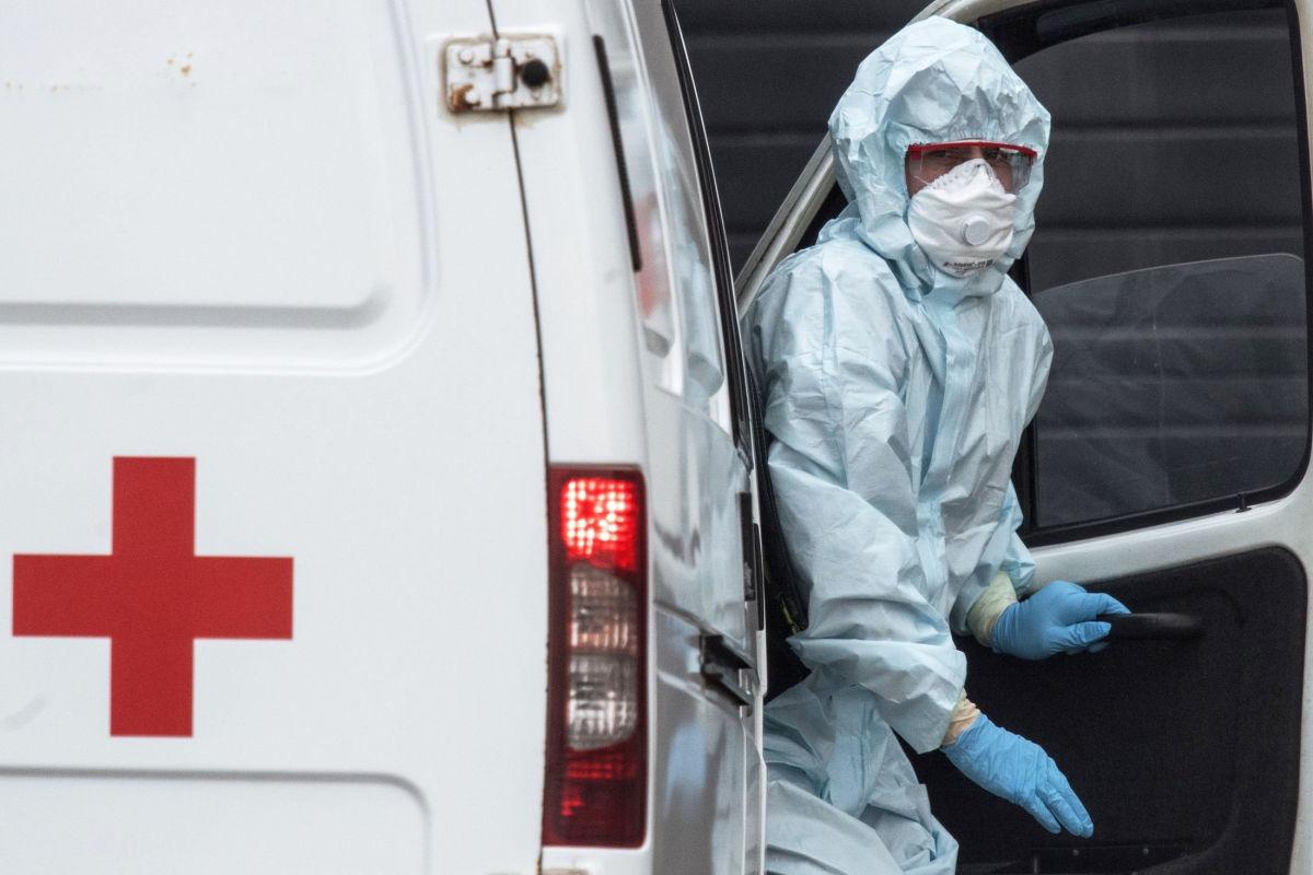 Коронавирус сдает позиции: число новых заболевших в Украине упало ниже 1000 впервые с 2020 года
