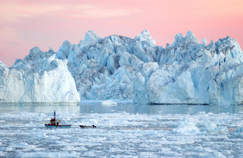 Гренландия, ледники, лед, темное пятно, темная зона, фото, кадры, глобальное потепление, новости