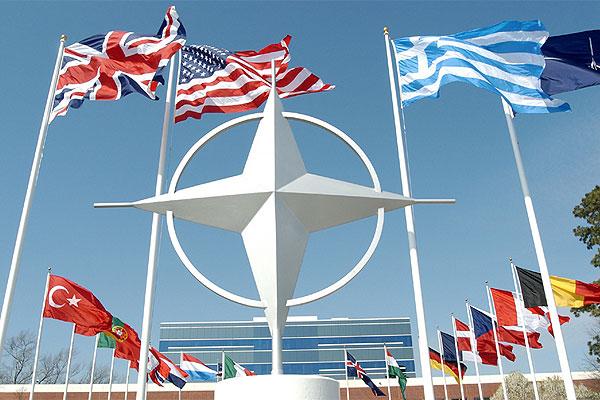 НАТО возьмет Россию на прицел: самолеты-разведчики U-2 установят слежку за армией агрессора в Европе