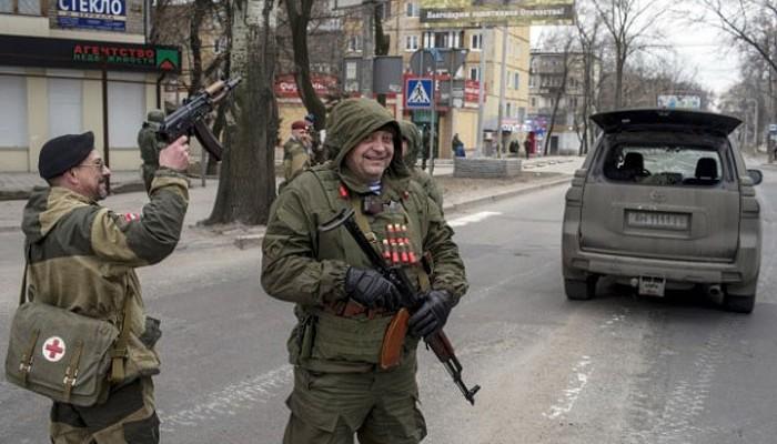 """""""Пришел в себя после потери сознания, когда подъехала скорая"""", - пьяные вояки """"ДНР"""" сбили на машине, избили и ограбили жителя Харцызска"""