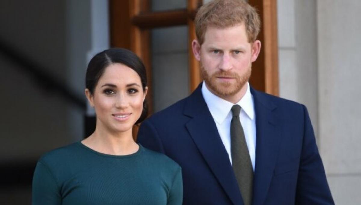 Принц Гарри и Меган Маркл более 10 лет будут выплачивать деньги королевской семье