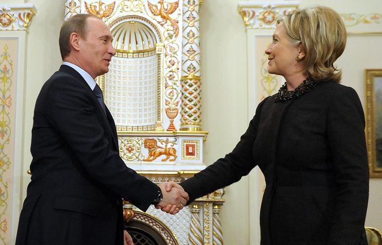 Ждал три года: Путин впервые ответил на обидное сравнение Клинтон