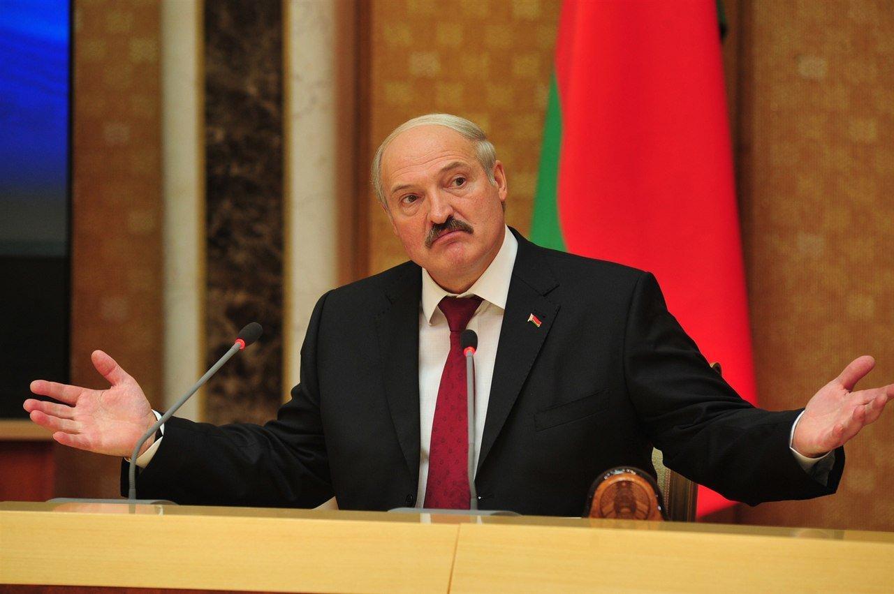 Лукашенко заявил о скором кризисе в России - жители могут начать голодать