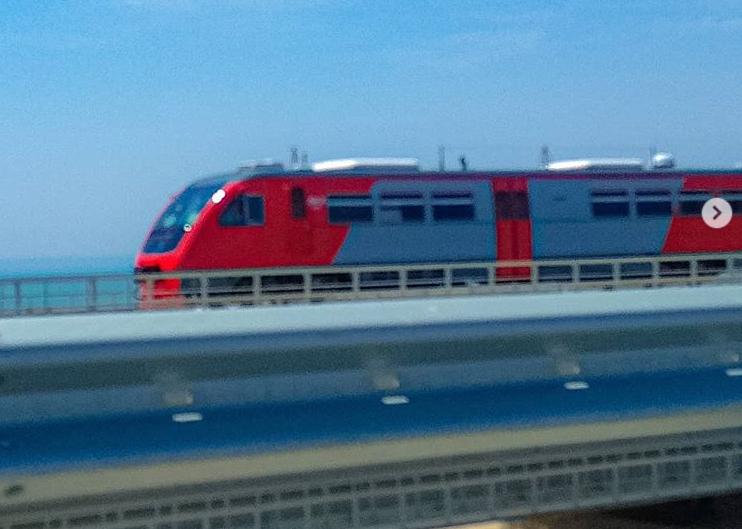 На Керченском мосту в Крым провели тайные испытания: фото, как россияне пытаются запустить поезда