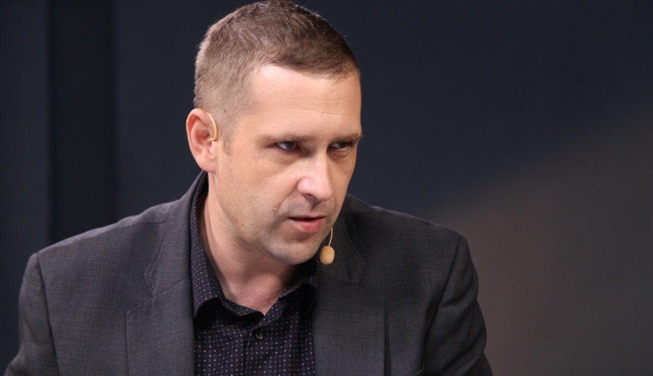 """""""Ранее была толкотня, но не """"фугаски"""""""", - Бабин объяснил, зачем РФ впервые вступила в """"бой"""" с кораблем НАТО"""