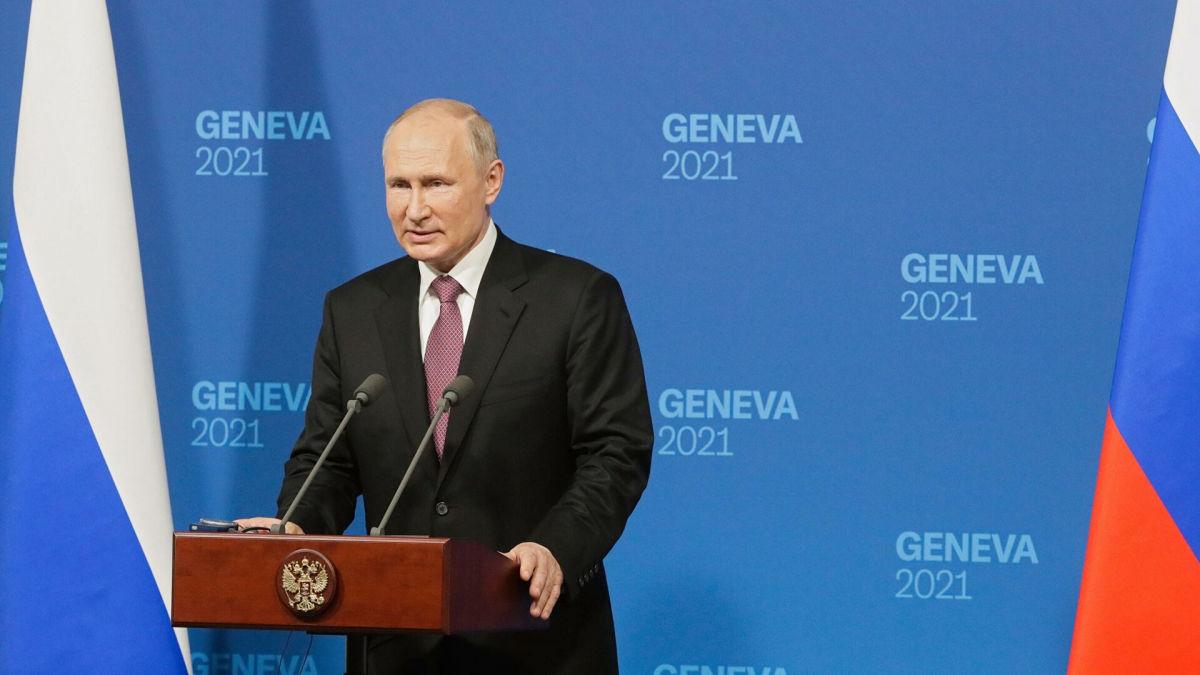 """Путин о """"красных линиях"""": """"Так далеко мы с Байденом не дошли, чтобы что-то делить"""""""