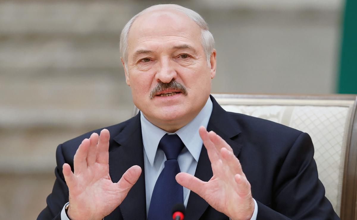 Лукашенко считает, что отстранить его от власти в Беларуси можно лишь одним путем
