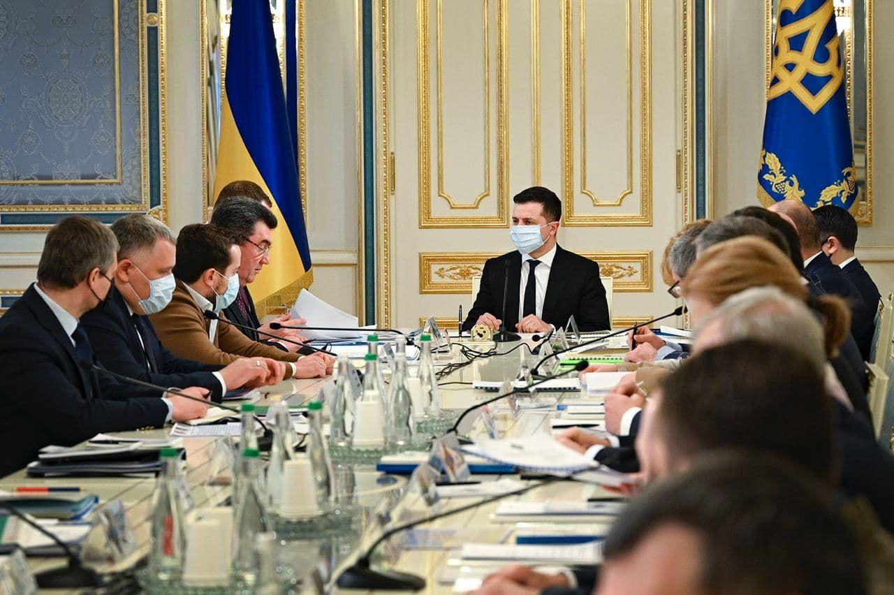 Разумков просил учесть замечание: как СНБО голосовал по санкциям против Медведчука