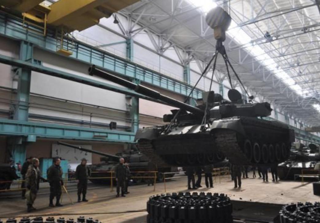 Китай с помощью подставных лиц активно скупает оборонные заводы России через процедуру банкротства - СМИ