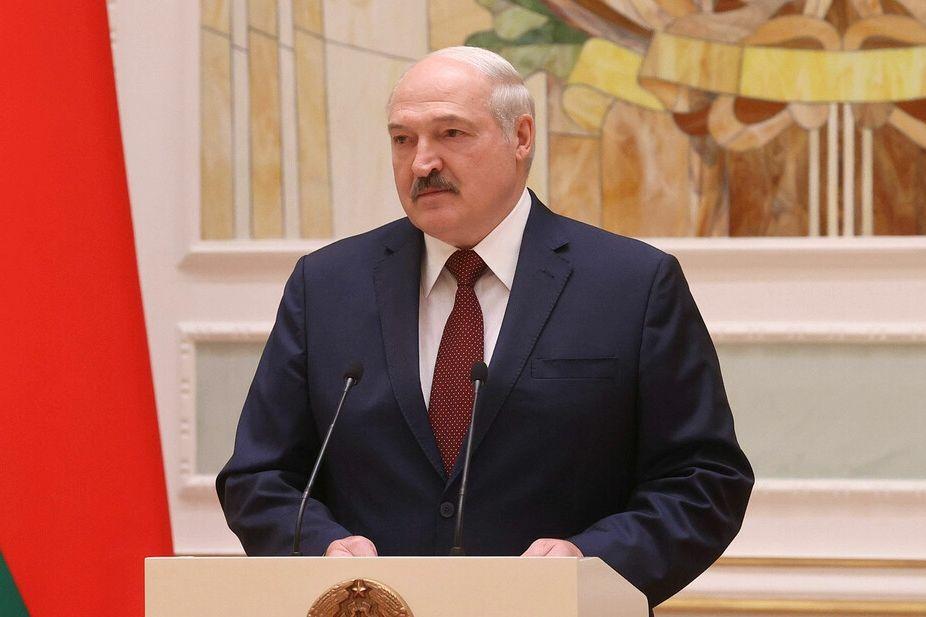 """Лукашенко назвал новое условие проведения досрочных выборов в Беларуси: """"Я готов, но..."""""""