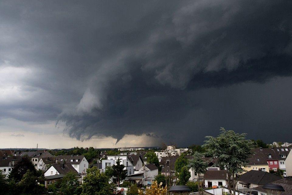 Буря надвигается на Киев: в ГСЧС предупредили столицу об опасности