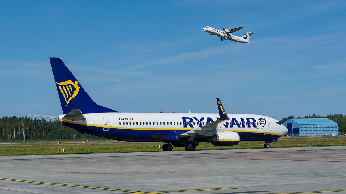 В Беларуси больше месяца не выходит на связь диспетчер, который посадил самолет Ryanair с Протасевичем