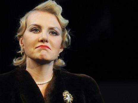 Рената Литвинова неприятно удивила фанов внешним видом: опубликовано фото, вызвавшее резкую критику поклонников знаменитого режиссера - кадры