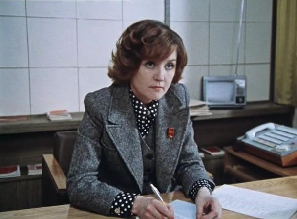 """Звезда фильма """"Москва слезам не верит"""" Алентова так состарилась, что ее перестали узнавать: умирающая напугала всех"""